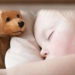 Сладкий сон: в чем секрет маминой футболки и ночной игрушки?