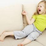 Истерика ребенка в очереди. Что это было и как помочь?